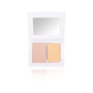 Compact cream-to-powder foundation